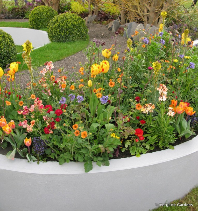 Vibrant planting in 'Single Track Mind'