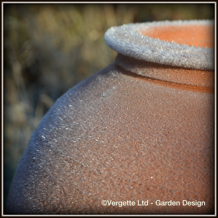 Frosty collar